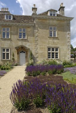 Large luxury self-catering country houses UK
