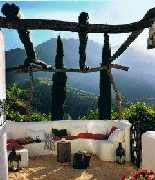 FROM RUINS TO RICHES: A HELPING HAND TO PURCHASE AND RESTORE A RARE PIECE OF UMBRIA...