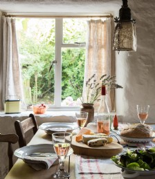 Idyllic Holiday Cottages to Rent for a UK Break