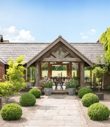 UK Holiday Homes with Pools