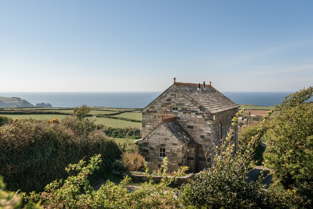 Aphrodite | Luxury Coastal Holiday Home | Boscastle, Cornwall