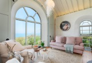 Sitting room with glorious sea views