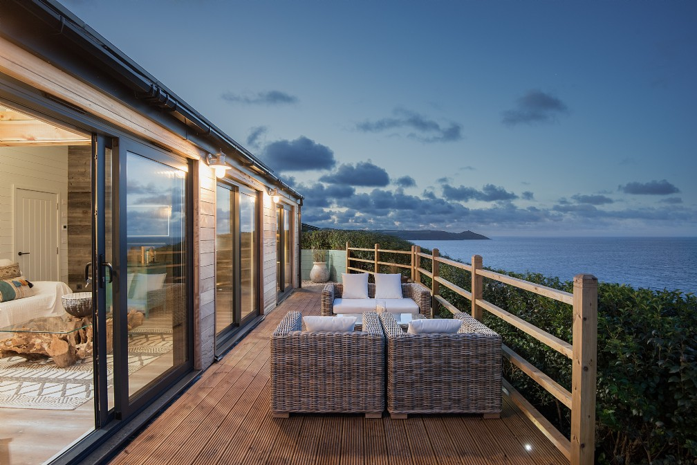 Atlanta | Luxury Self-Catering Cabin | Freathy, Whitsand Bay