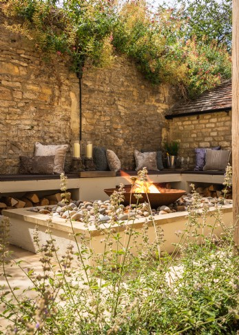 Dog-friendly accommodation in the Cotswolds