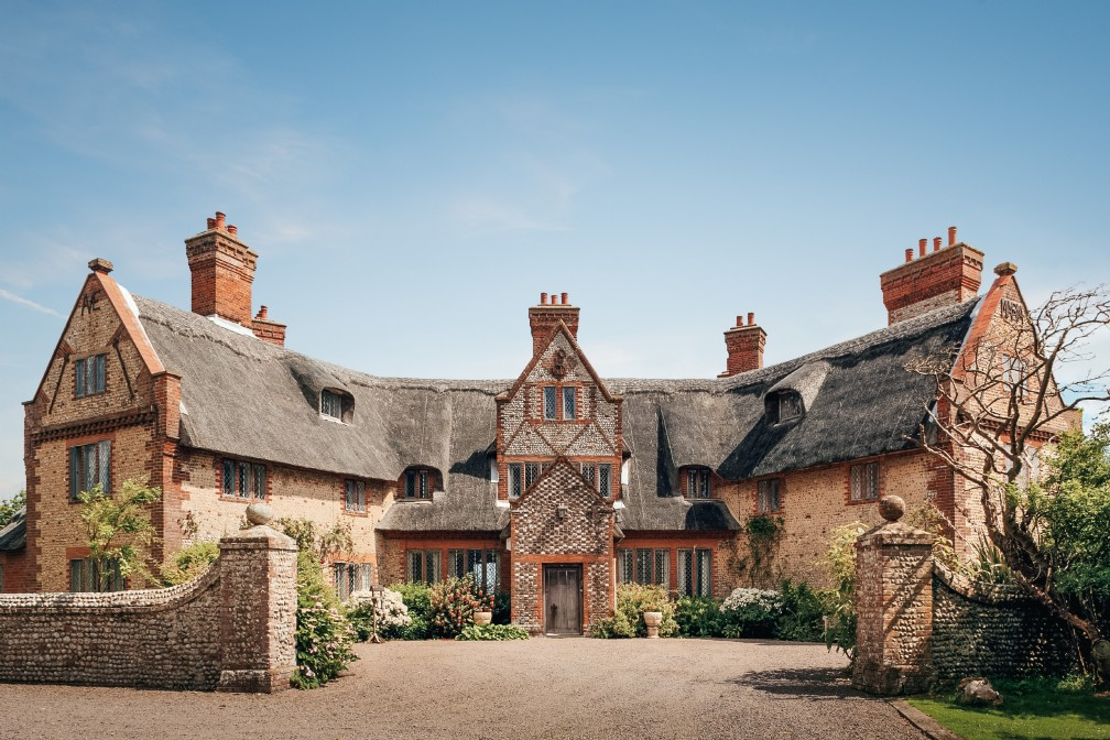 August House | Luxury Self-Catering Manor | Happisburgh, Norfolk
