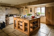 Cooking will be a dream in the farmhouse style kitchen