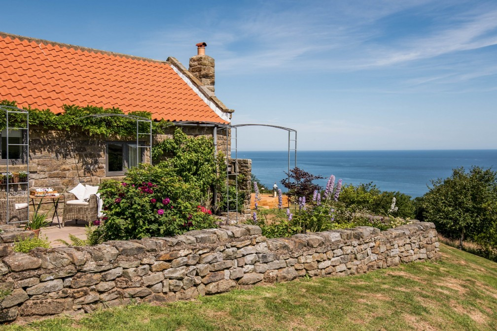 Bay View | Luxury Coastal Cottage | Robin Hoods Bay, Whitby