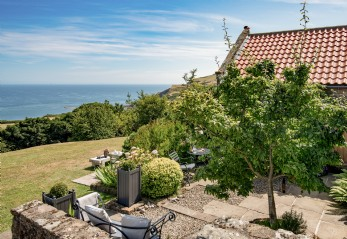 Self-catering English coastal cottage Near Whitby, Yorkshire