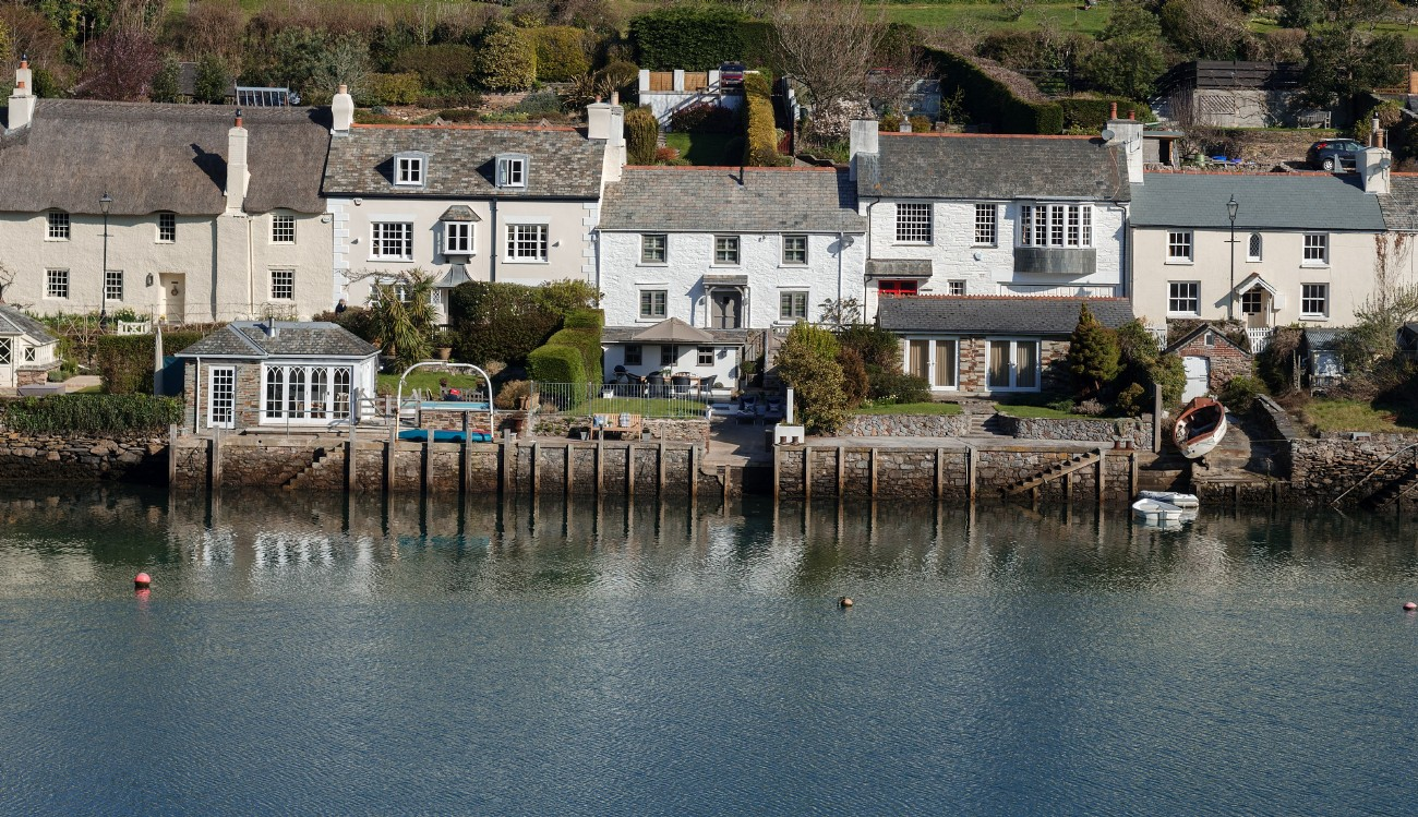 Newton Ferrers Luxury Self-catering Cottage, South Devon