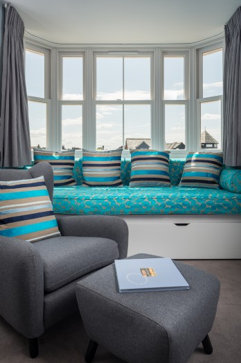 Luxury dog-friendly beach house overlooking Whitstable Bay
