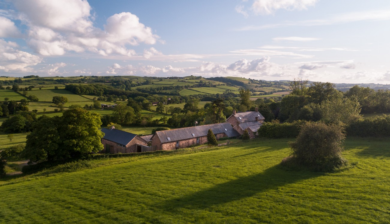 Bohème | Large Self-Catering Barn with Indoor Pool | Somerset
