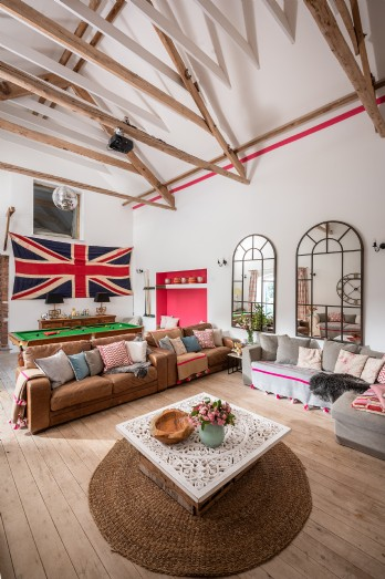 Self-catering farmhouse with swimming pool in Somerset