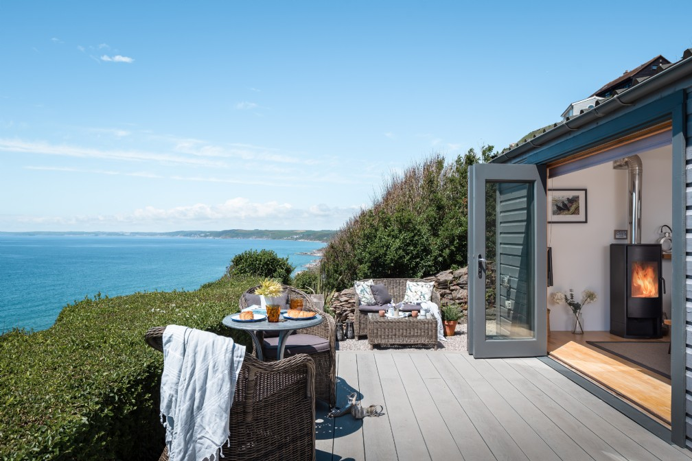 Breakers | Luxury Self-Catering Beach Hut | Whitsand Bay, Cornwall