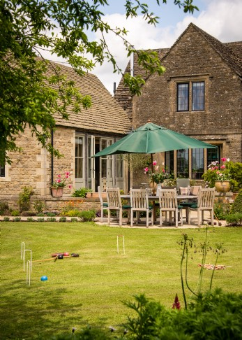 Cirencester luxury self-catering cottage UK