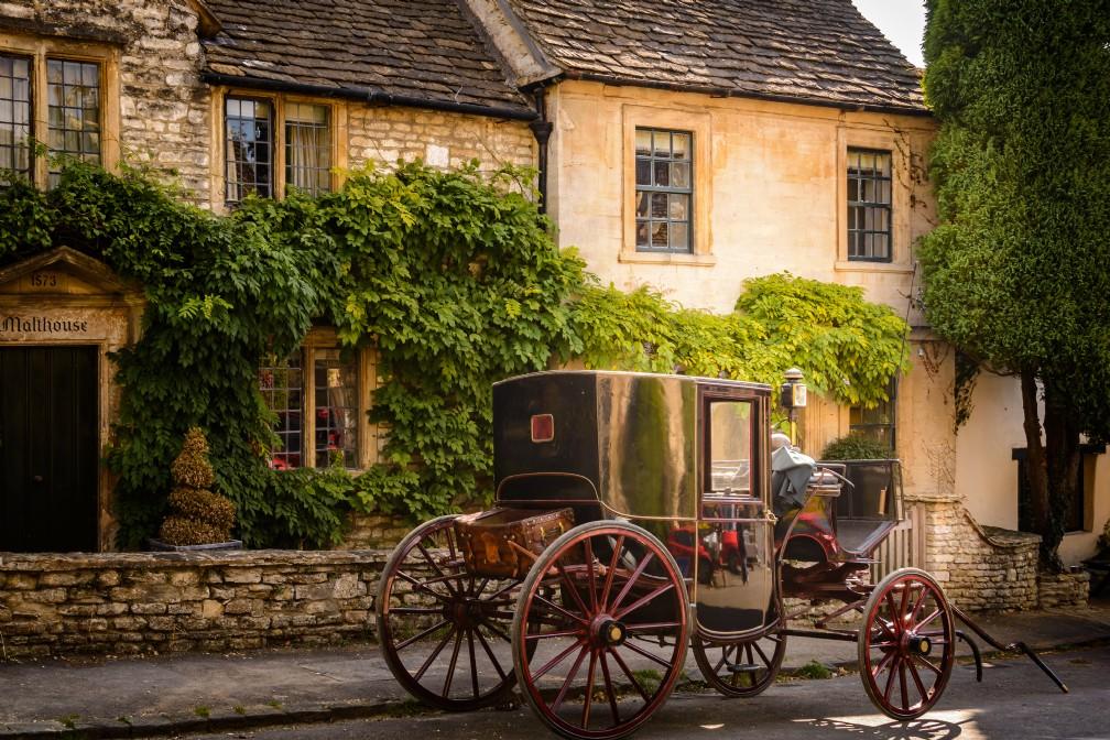 Burdock Fox | Luxury Cottage | Castle Combe, Wiltshire