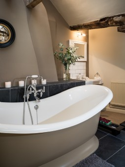 Luxury self-catering home near Bath and Castle Combe