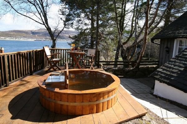 Swell Castaway Luxury Self Catering Cottage Ullapool Scottish Download Free Architecture Designs Grimeyleaguecom