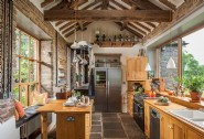 Charity´s bright and spacious kitchen