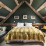 Charity´s master bedroom, with a super king-size zip and link bed
