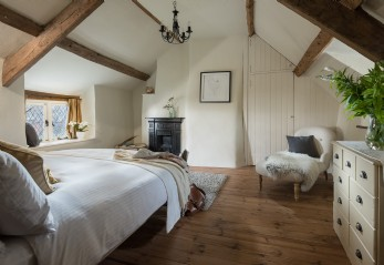Cinnamon Cottage luxury self-catering cottage, Higher Ashton, Devon