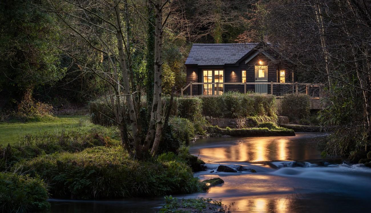 Damselfly | Luxury Woodland Cabin | St Neot, Cornwall