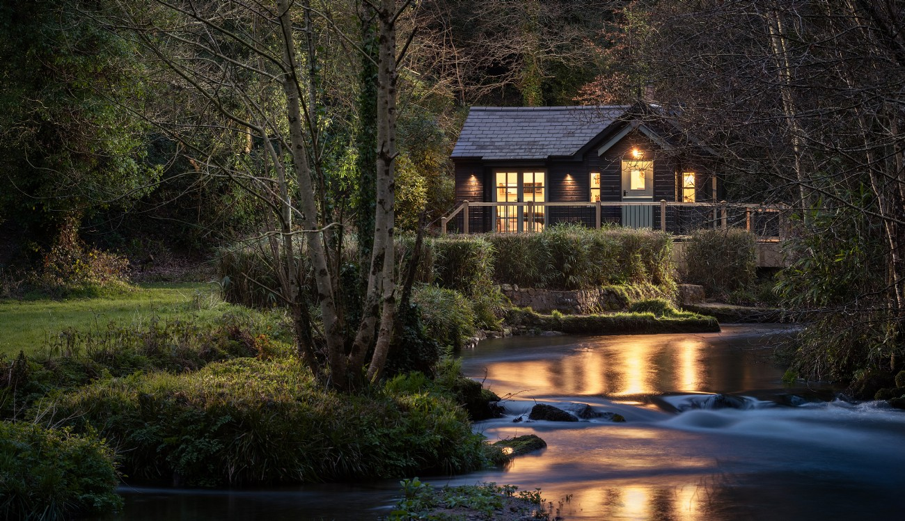 Luxury Self-Catering Woodland Cabin near Bodmin Moor, Cornwall