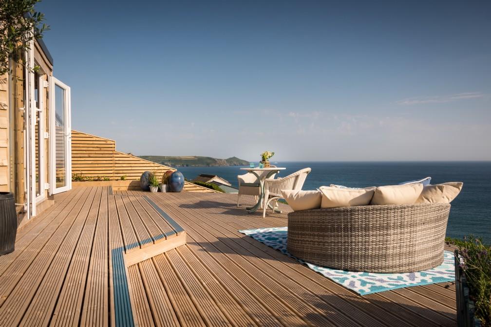 Daydreamer | Luxury Self-Catering Beach Hut | Whitsand Bay, Cornwall