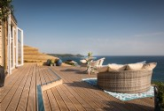 A cliff top paradise with a hot tub at Whitsand Bay