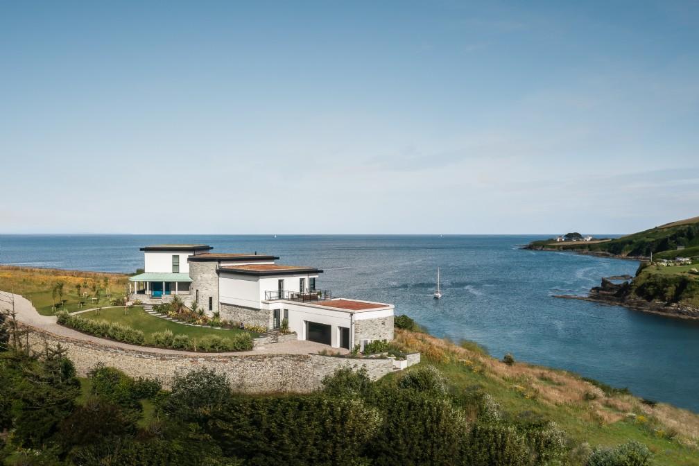Deco Beach House | Luxury Self-Catering | Portmellon, Cornwall