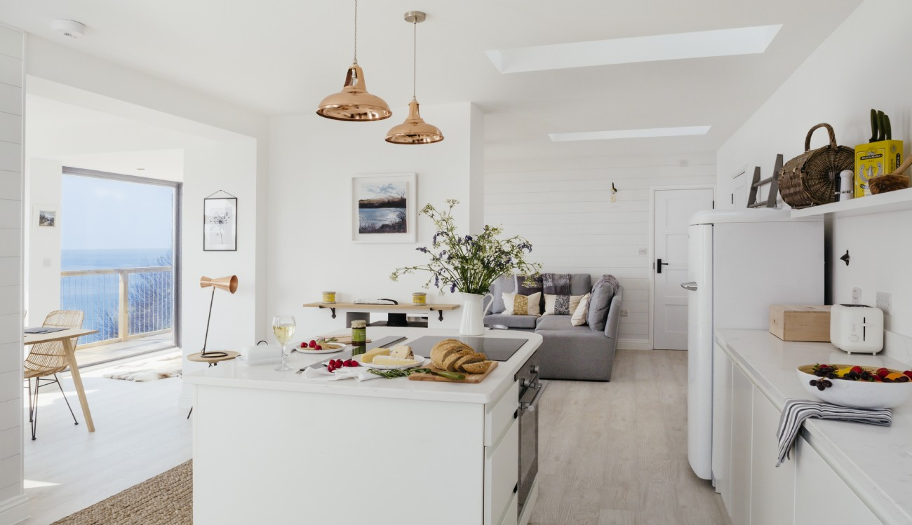 Porthleven Luxury Scandi beach house in west Cornwall