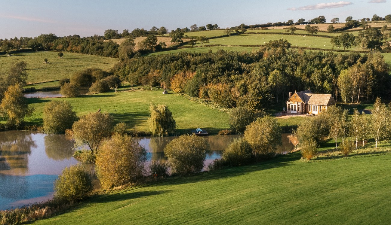 Dragonwood Boat House | Luxury Self-Catering | Oakham, Rutland