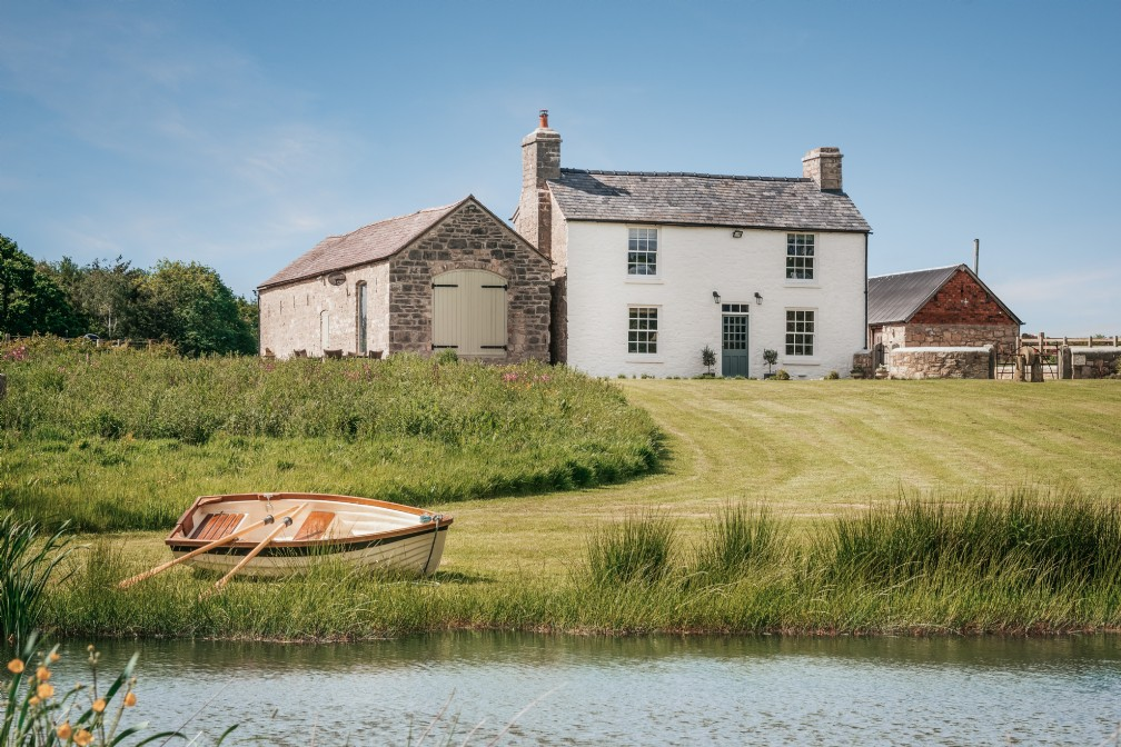 Eirianfa | Luxury Self-Catering Farmhouse | Denbighshire, Wales
