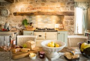 The country chic kitchen at Eirianfa