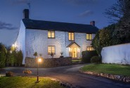 Luxury self-catering home with indoor swimming pool and hot tub