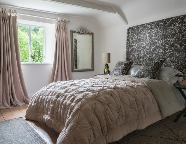 Luxury self-catering millhouse in Dartmouth, Devon