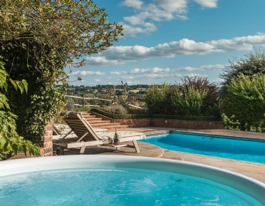 Luxury self-catering family home in rural Kent