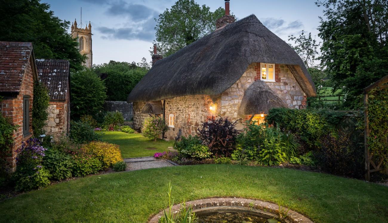 Faerie Door Cottage |  Luxury Cottage | West Overton, Wiltshire