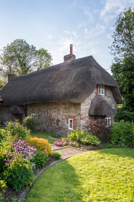Luxury Self Catering Cottage In West Overton Wiltshire
