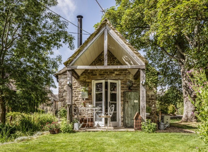 Stupendous Luxury Cottages In The Costwolds Uk Interior Design Ideas Gentotryabchikinfo
