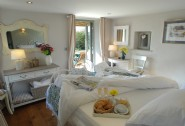 Luxury self-catering family holiday cottage in Cubert Cornwall