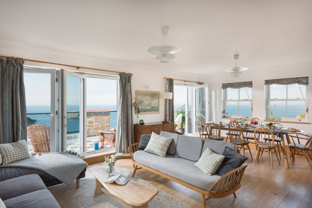 Galleon | Luxury Self-Catering Beach House | Portreath, Cornwall
