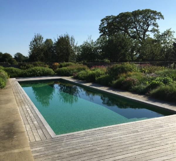 Somerset exclusive big country house with swimming pool for Heated garden swimming pools