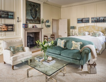 Large luxury self-catering manor house in Cluckington, Somerset