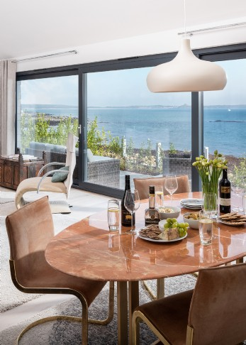 Luxury self-catering coastal home in Mousehole, Cornwall