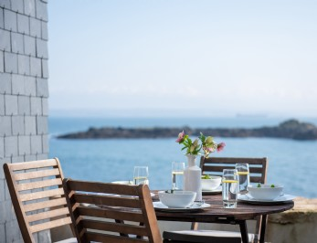 Luxury self-catering home with sea views in Mousehole