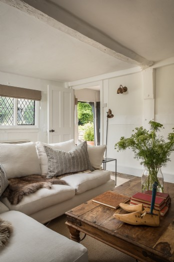 Luxury self-catering family home in the village of Eardisland, Herefordshire