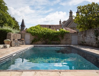 Honeystone self-catering Manor in Burford