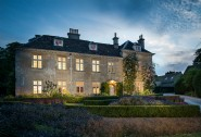 Luxury self-catering Honeystone Manor