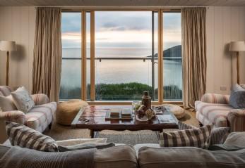 Luxury beach house in Gorran Haven, Infinity