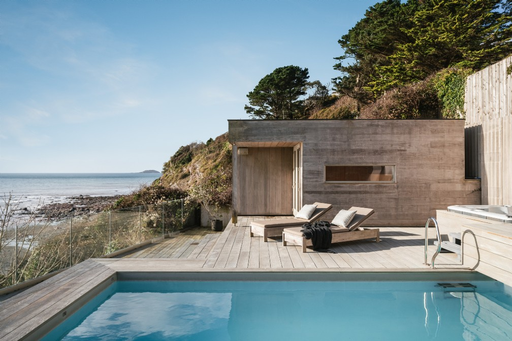 Iraia | Luxury Self-Catering Beach House | Seaton, Cornwall